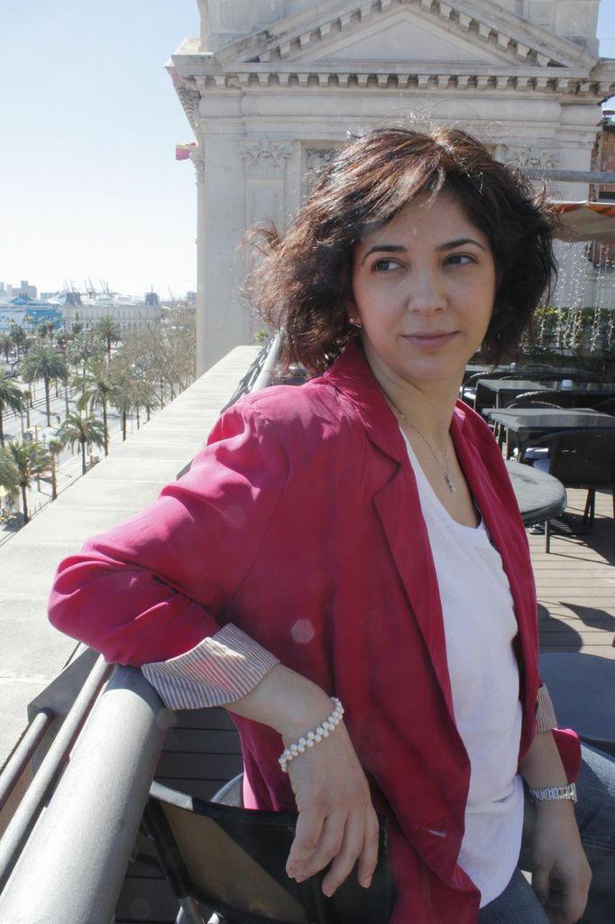 Descubriendo LinkedIn _ about me _ Elisabet Cañas